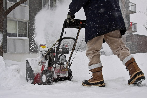 doctors-issue-alerts-about-snowblower-safety